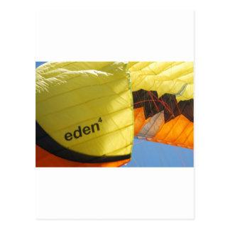 Eden-Fallschirm Postkarte