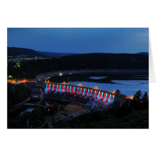 Edersee beleuchtete Staumauer am Abend Karte