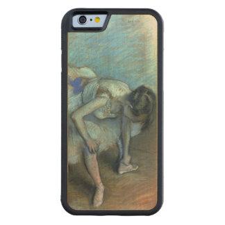 Edgar Degas| Sitztänzer, c.1881-83 Bumper iPhone 6 Hülle Ahorn
