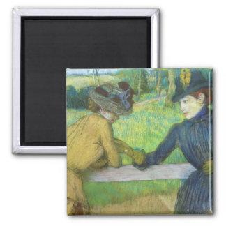 Edgar Degas   zwei Frauen, die auf einem Tor sich Quadratischer Magnet