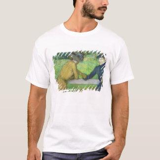 Edgar Degas | zwei Frauen, die auf einem Tor sich T-Shirt