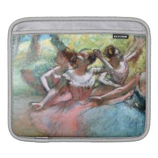 Edgar entgasen | vier Ballerinen auf der Bühne Sleeve Für iPads