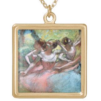 Edgar entgasen | vier Ballerinen auf der Bühne Vergoldete Kette