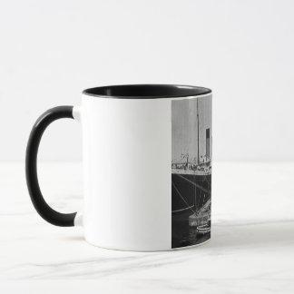 Effektivwert olympisch an Vintagem Objektträger Tasse