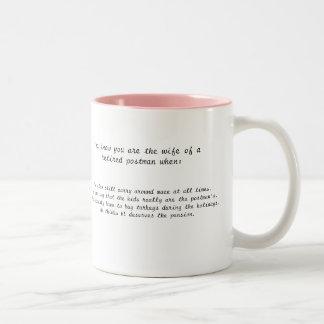 Ehefrau eines Briefträgers Zweifarbige Tasse