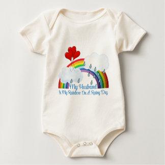 'Ehemann ist mein Regenbogen Baby Strampler