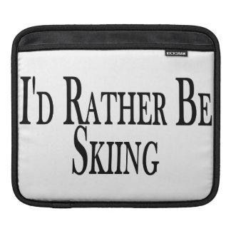 Eher fährt Ski iPad Sleeve
