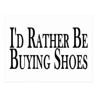 Eher kauft Schuhe Postkarte