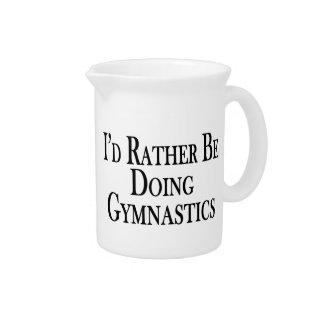 Eher tut Gymnastik Getränke Pitcher