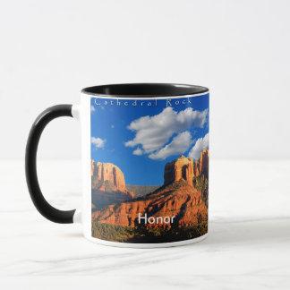 Ehre auf Kathedralen-Felsen und Gericht-Tasse Tasse