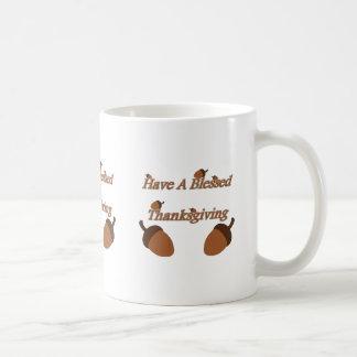 Eicheln ~ haben einen gesegneten Erntedank Kaffeetasse