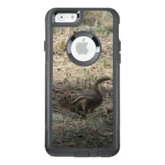 Eichhörnchen auf dem Lauf OtterBox iPhone 6/6s Hülle