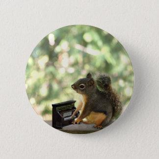 Eichhörnchen, das Klavier spielt Runder Button 5,7 Cm