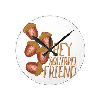 Eichhörnchen-Freund Runde Wanduhr
