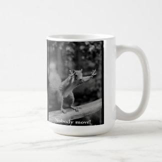 Eichhörnchen und Nüsse Kaffeetasse