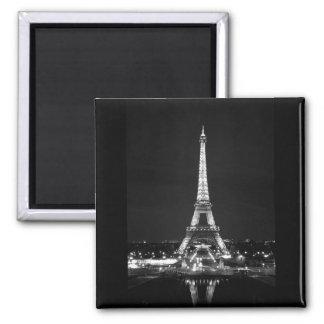 Eiffelturm nachts - B/W Quadratischer Magnet