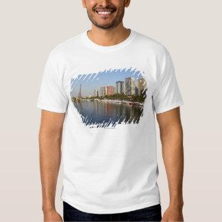 Eiffelturm und die Seine Shirts