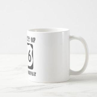 Eigentum der Landstraße des Teufels (Weg 666) Kaffeetasse