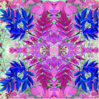 Ein abstraktes rosa blaues Blumenmuster Freistehende Fotoskulptur