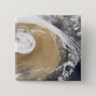 Ein Asiatsstaubsturm kreuzt den Pazifik Quadratischer Button 5,1 Cm