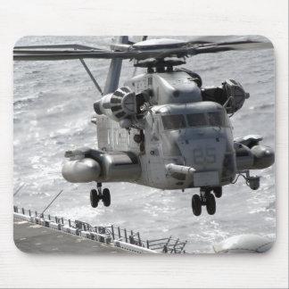 Ein CH-53E Superstallionshubschrauber Mousepads