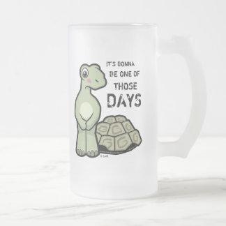 Ein der jene Tagesniedlichen Schildkröte Matte Glastasse