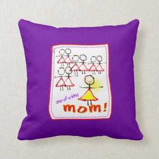 Ein eines netten Kissens der Mamma-Mutter Tages Kissen