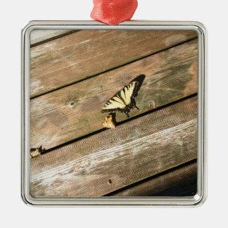 Ein gelber Schmetterling Silbernes Ornament