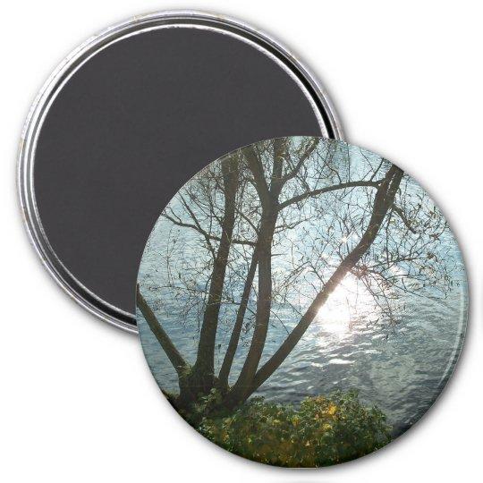 Ein Herbsttag am See Runder Magnet 7,6 Cm