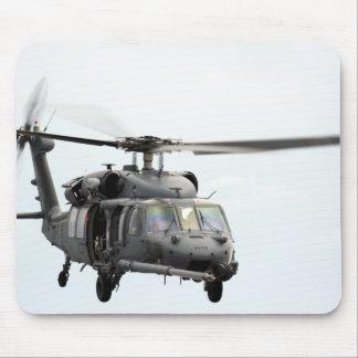 Ein HH-60 pflastern Falkehubschrauber Mauspad