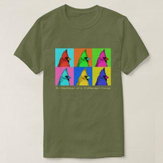 Ein Kardinal einer anderen Farbe T-Shirt