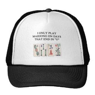 ein lustiger mahjong Entwurf Truckercap