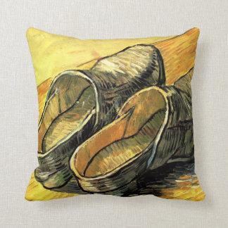 Ein Paar Leder-Klötze durch Vincent van Gogh Kissen