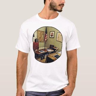 Ein Raum-Schulhaus in New-Jersey T-Shirt