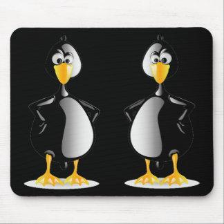 Ein reizendes Paar Pinguine Mauspads