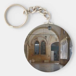 Ein ruhiges Kloster-Kloster in Dubrovnik Schlüsselanhänger