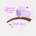 Ein Schrei einer Baby-Dusche lila Stickers