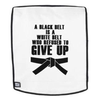 Ein schwarzer Gürtel ist ein weißes Gurt-Karate Rucksack