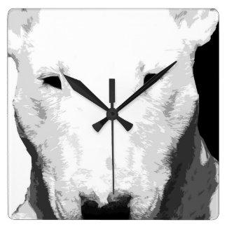 Ein Schwarzweiss-Bullterrier Quadratische Wanduhr