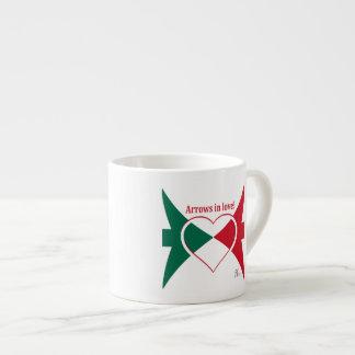 Ein sehr attraktiver Espresso-Becher Espressotasse