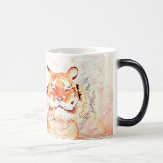 Ein sibirischer Tiger Verwandlungstasse