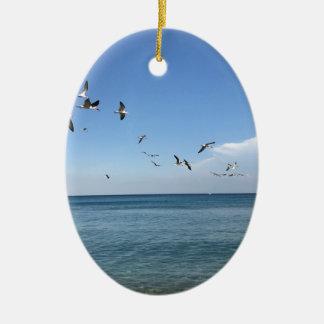 ein sonniger Tag am Strand Keramik Ornament