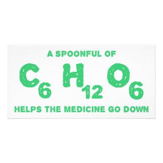 Ein Spoonful C6H12O6 hilft der Medizin, unten zu g Individuelle Foto Karte