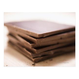 Ein Stapel Schokolade des Bäckers bereit gehackt Postkarte