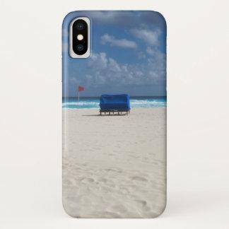 Ein Strand-Stuhl erwartet iPhone X Hülle