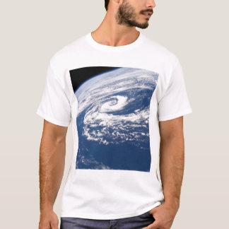 Ein subtropischer Wirbelsturm T-Shirt