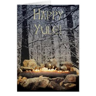 Ein Tranquil brennender Weihnachten-LOGON ein Grußkarte