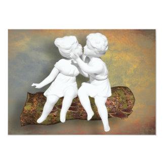 Ein unschuldiger süßer Kuss der Kindheit Individuelle Ankündigskarten