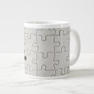 Ein vermisstes Puzzlespiel-Stück Extragroße Tassen