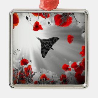 Ein Vulcan Mohnblumenrot Quadratisches Silberfarbenes Ornament